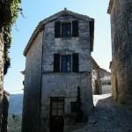 Lcoste village