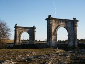 St Chamas pont Romain